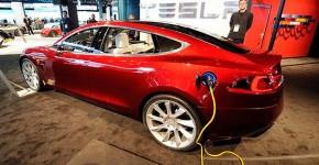 elektromobil-tesla-610